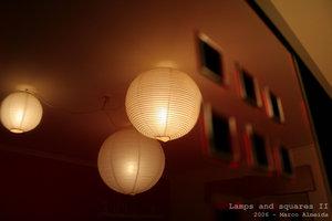 Lamps and squares II - Veja esta imagem no seu tamanho original